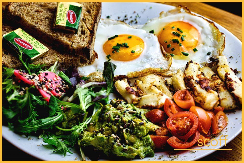 Scoff_halloumi_Eggs_Avocado_Salad